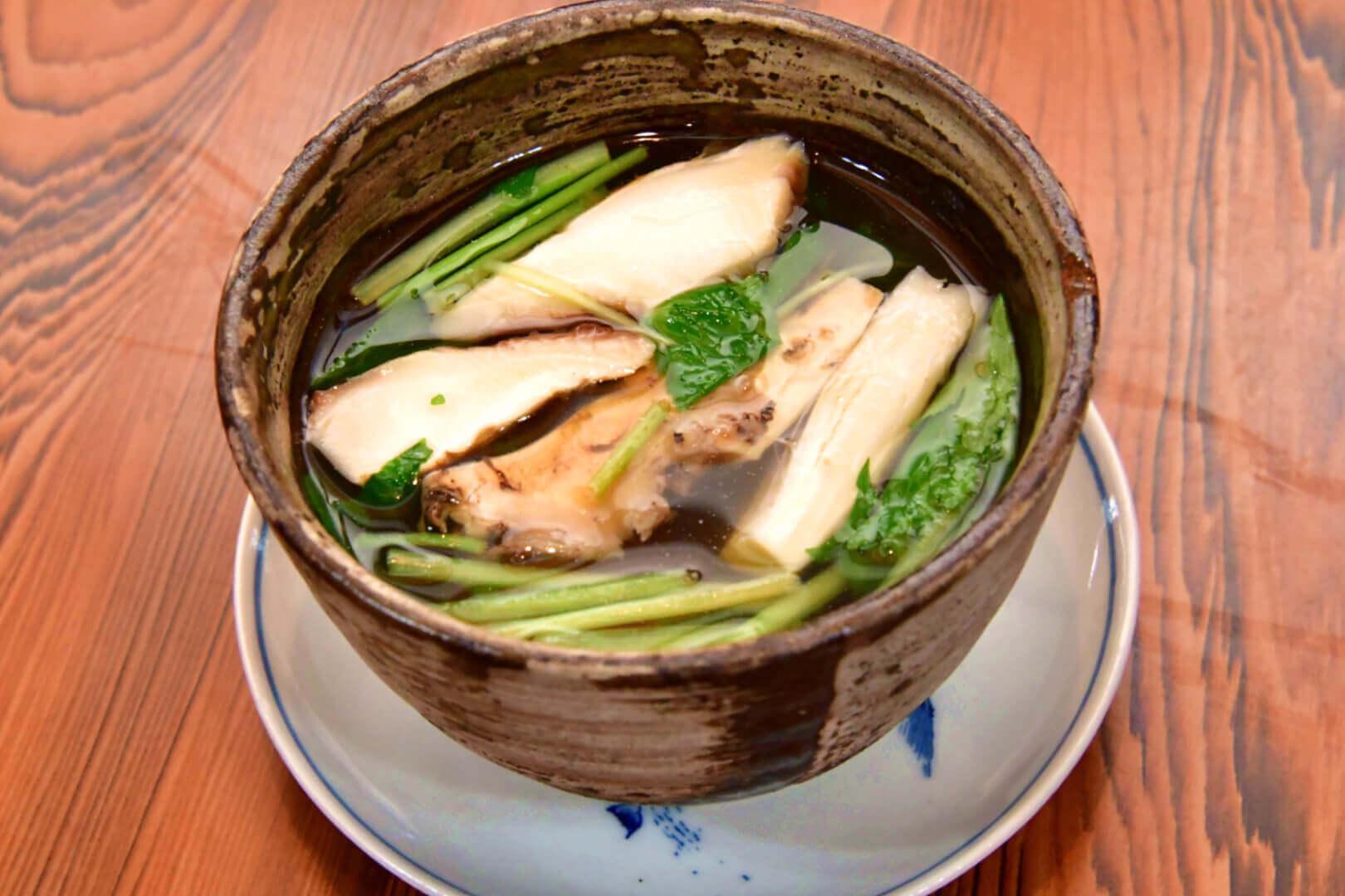 松茸のお吸い物 - 札幌 居酒屋道