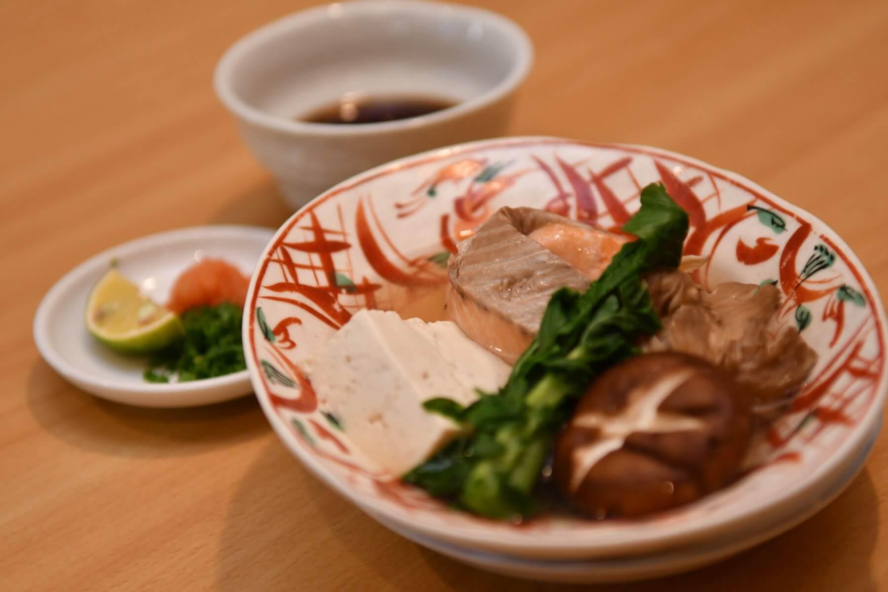 鮭とキノコの酒蒸し - 札幌 居酒屋道